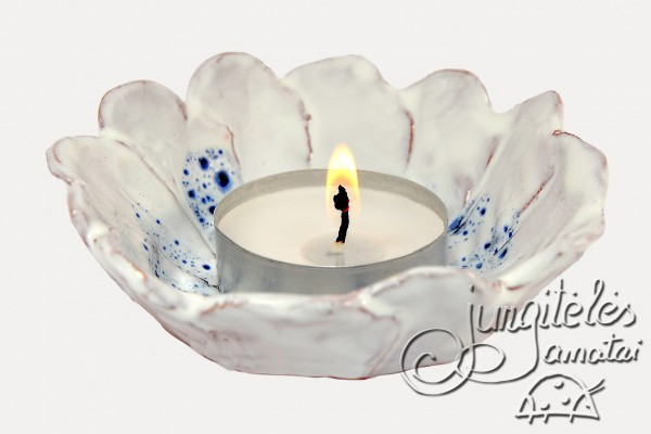 """Žvakidė """"Ramunė"""""""
