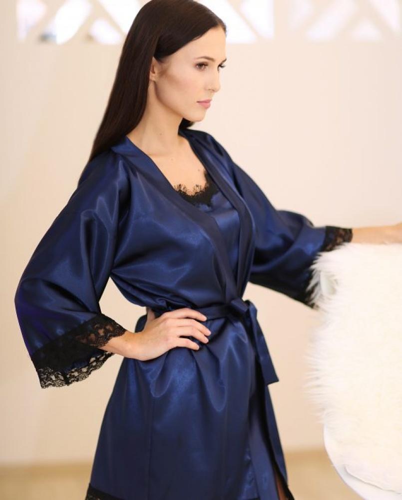 Romantiška karališka mėlyna moteriška pižama su prabangiais juodais nėrinukais
